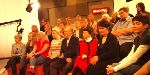 Publik och debattörer 5 minuter innan programstart